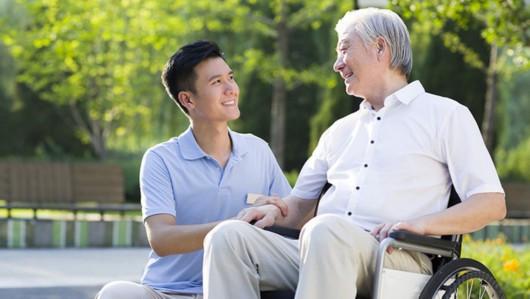 云南试行养老机构照护标准,老年人护理分四个等级