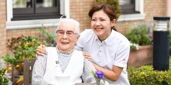 养老专业招生难、行业人员紧缺……谁帮我们养老?